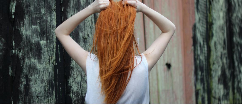 χάλκινο χρώμα μαλλιών