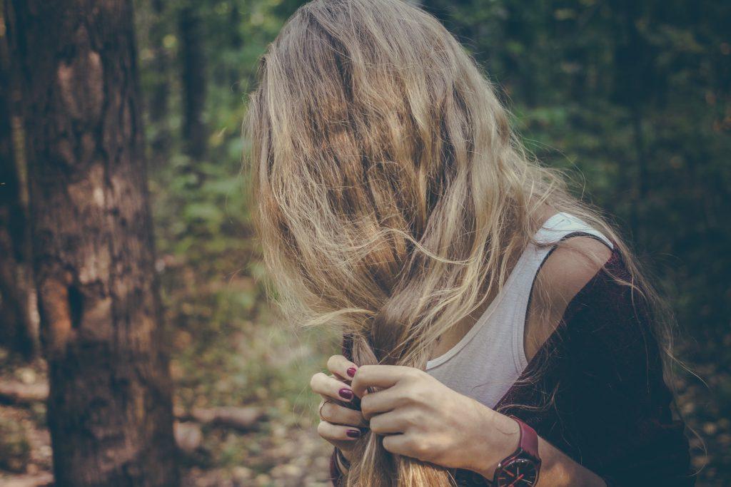 ανοιχτόχρωμα μαλλιά