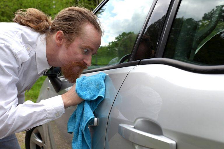 εξωτερικός καθαρισμός αυτοκινήτου