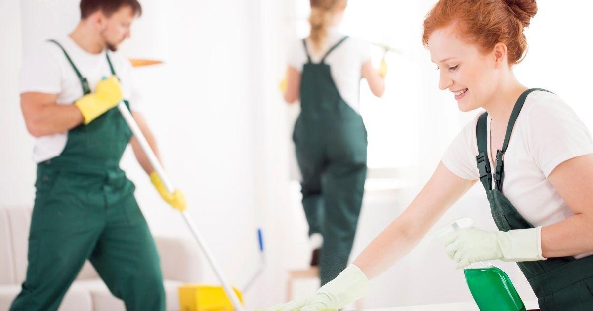 συνεργείο καθαρισμού επαγγελματικού χώρου